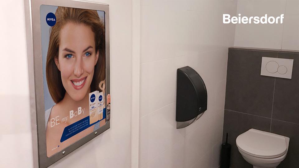 Altermedia Beiersdorf Nivea Toiletreclame Wcreclame Toiletmedia Washroom media