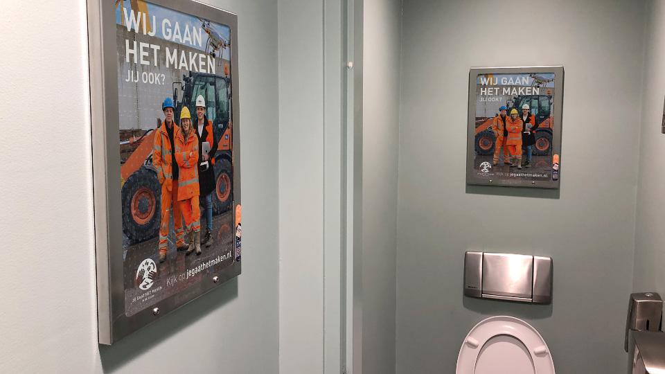 Altermedia Bouwend Nederland Jegaathetmaken Toiletreclame Wcreclame Toiletmedia Washroom media