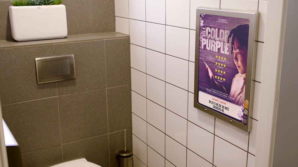 Altermedia  Chassé theater Colour Purple Wcreclame Toiletmedia Washroom media
