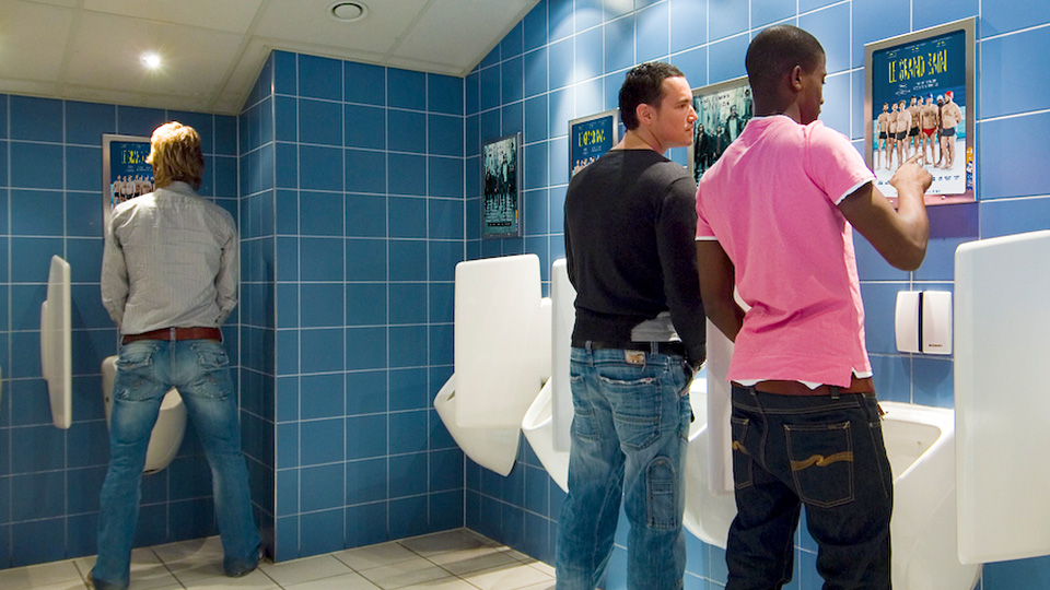 Altermedia  CherryPickers Film Wcreclame Toiletmedia Washroom media