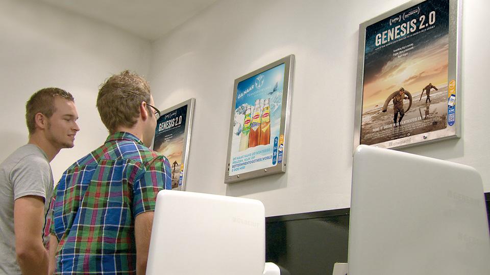 Altermedia  Cinema Delicatessen Wcreclame Toiletmedia Washroom media