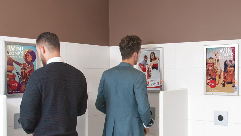 Altermedia Coca Cola Cola Toiletreclame Wcreclame Toiletmedia Washroom media