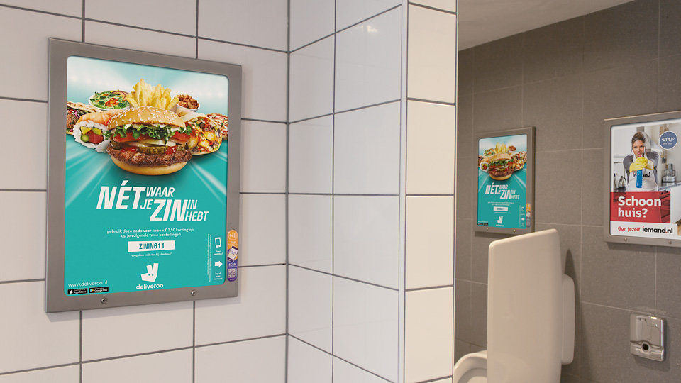 Altermedia  Deliveroo Toiletreclame Wcreclame Toiletmedia Washroom media