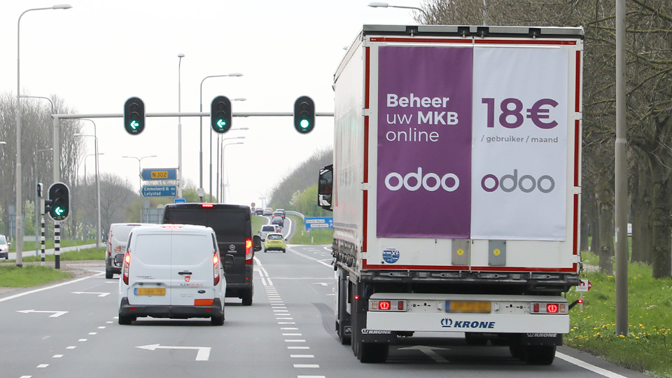 Altermedia ODOO Vrachtwagenreclame trailerreclame Truck Advertising