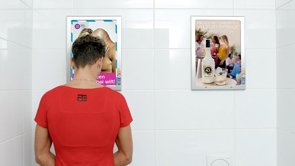 Altermedia GGD Haaglanden Centrum Seksuele Gezondheid WCreclame toiletmedia Washroom media
