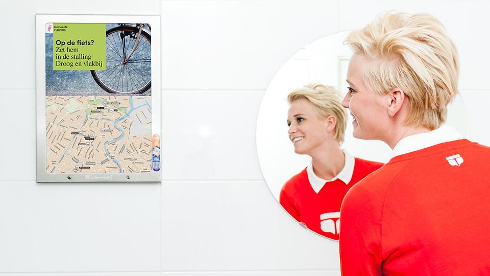 Altermedia Gemeente Haarlem WCreclame toiletmedia Washroom media