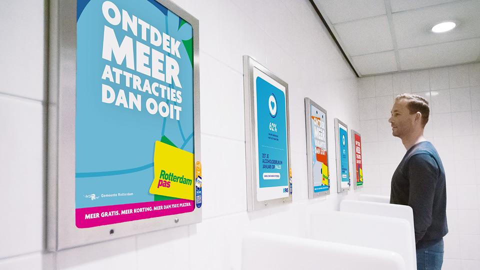 Altermedia Gemeente Rotterdam WCreclame toiletmedia Washroom media