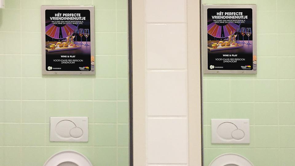 Altermedia Holland Casino Zandvoort WCreclame Toiletmedia Washroom media