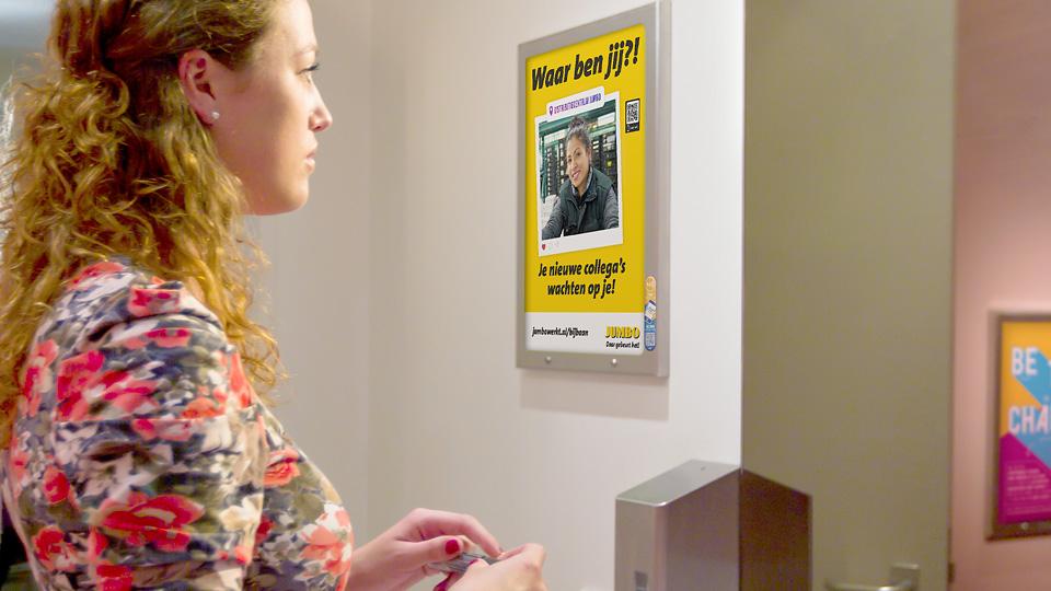 Altermedia JUMBO Toiletreclame WCreclame Toiletmedia Washroom media
