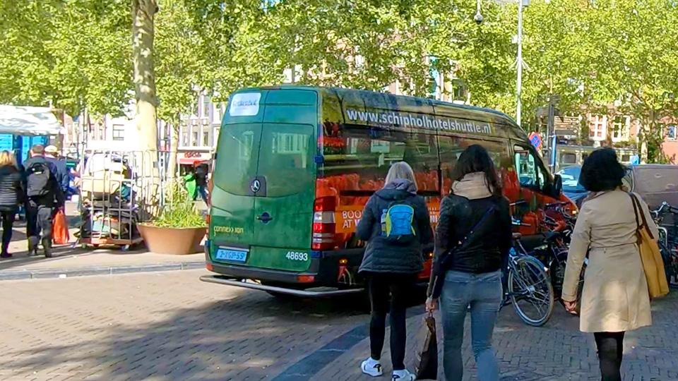 Altermedia Keukenhof Schiphol Hotel Shuttle Taxireclame